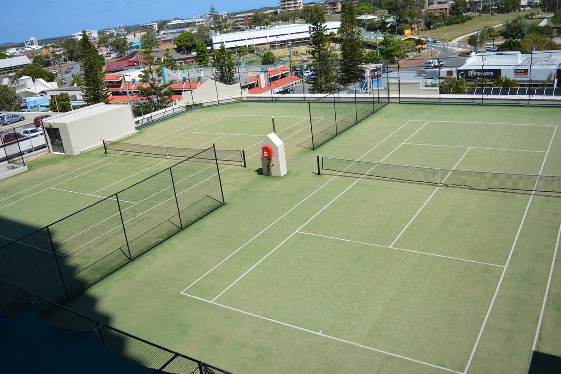 Ocean Plaza Tennis Courts